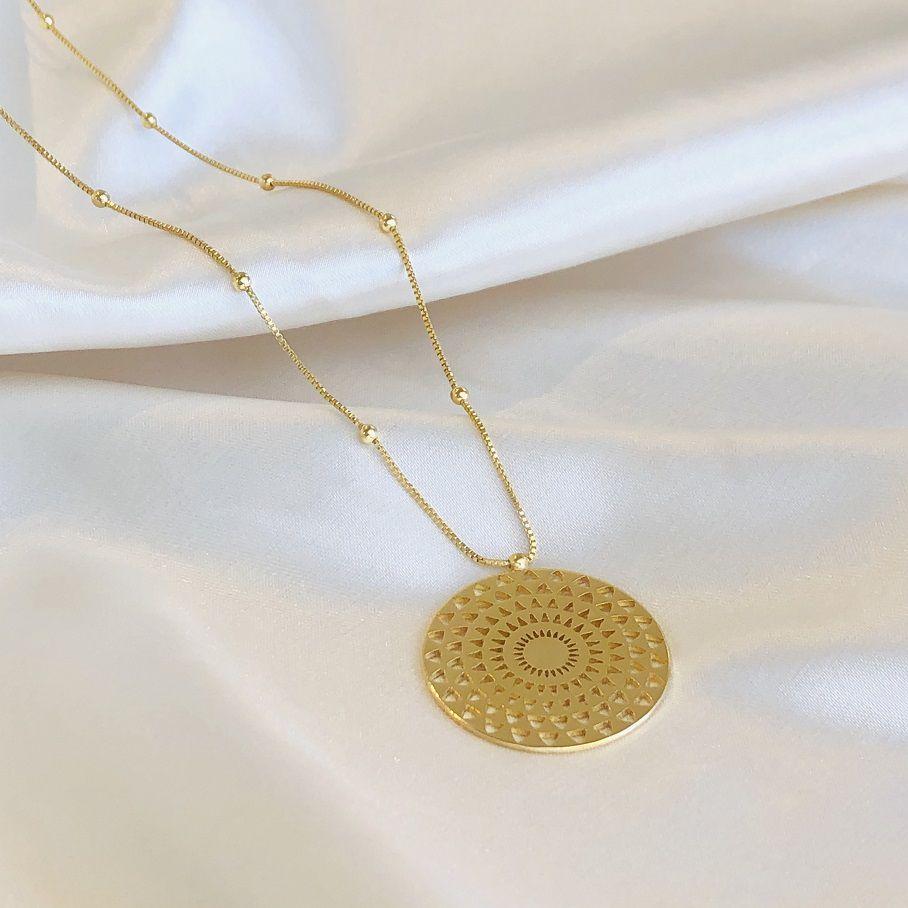 Colar Longo com Mandala Banhado em Ouro 18k