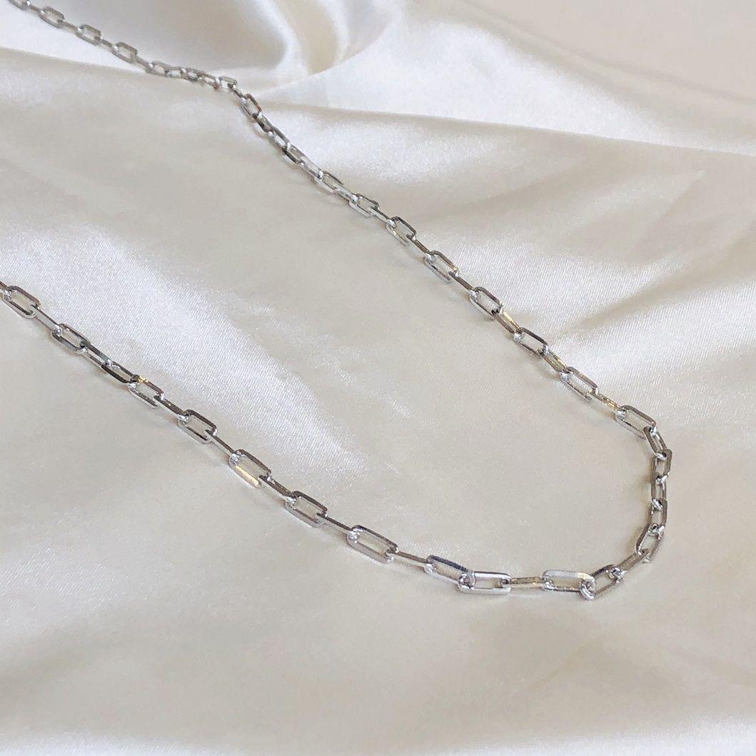 Colar Longo em Corrente Cartier Banhado em Ródio Branco