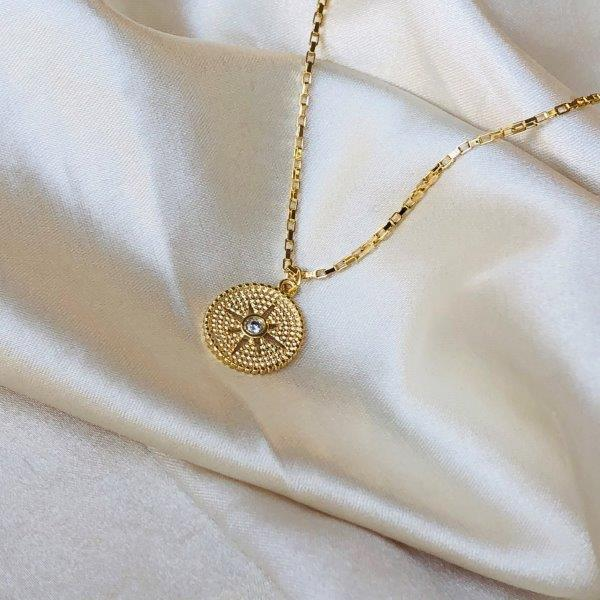 Colar Medalha Estrela Banhado em Ouro 18k
