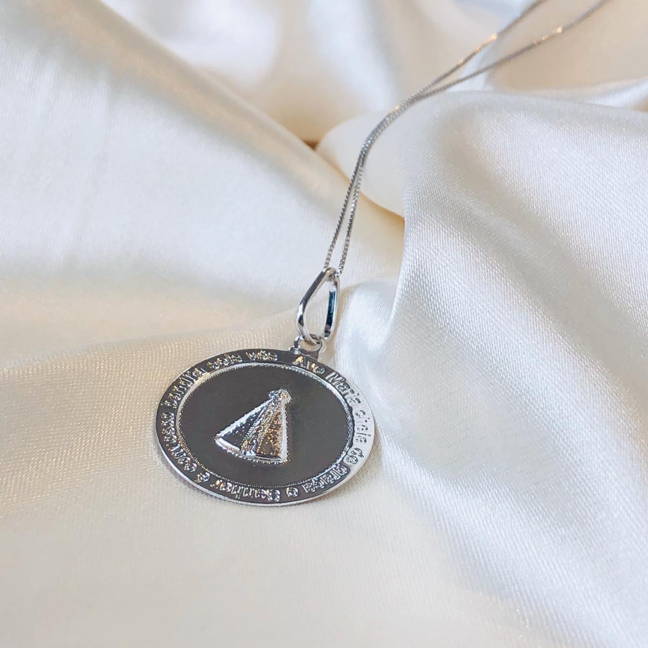 Colar Medalha Nossa Senhora Banhado em Ródio Branco