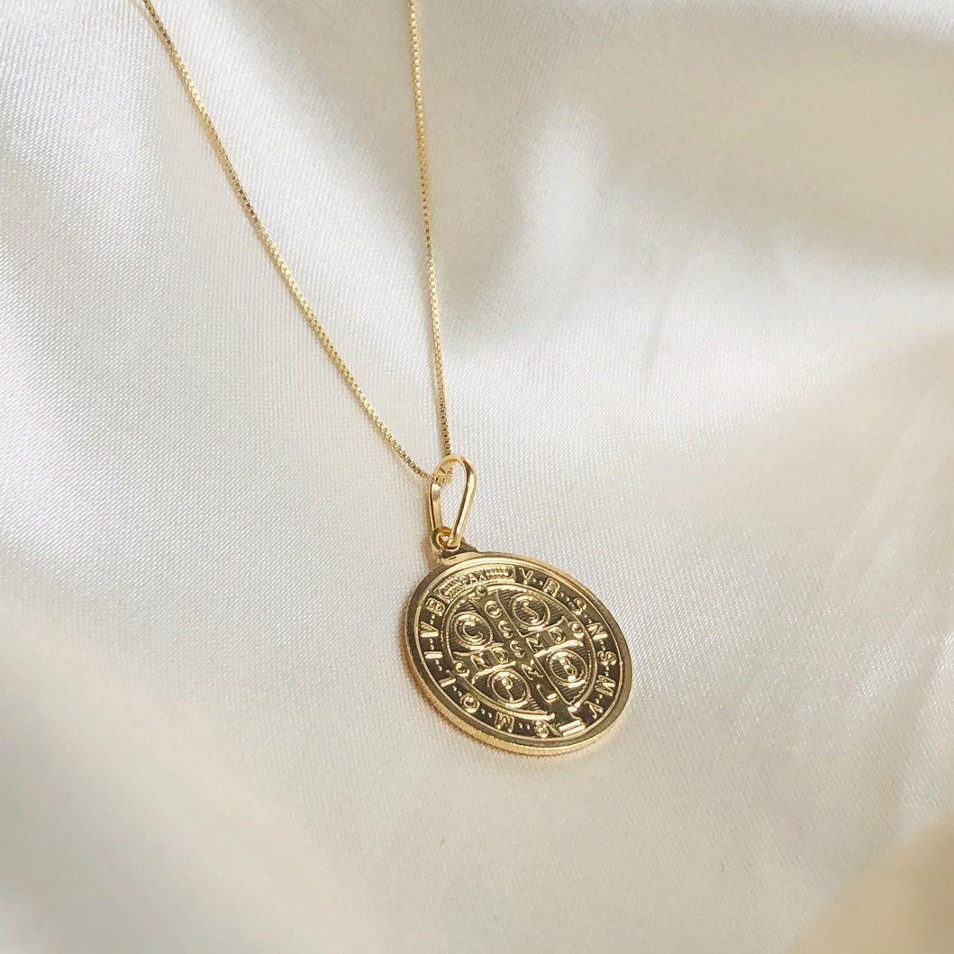 Colar Medalha São Bento Banhado em Ouro 18k