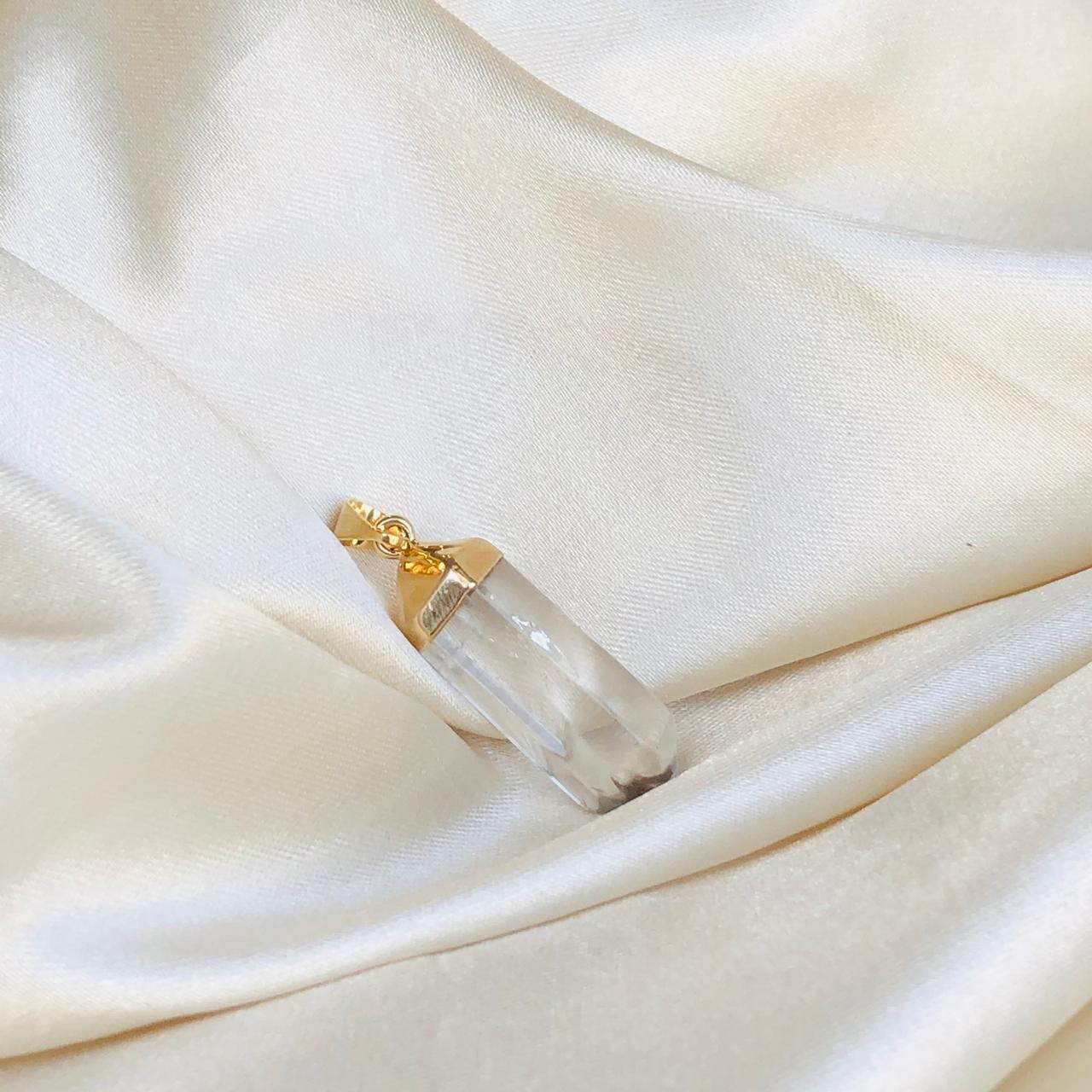 Colar Pingente Ponta de Cristal Banhado em Ouro 18k