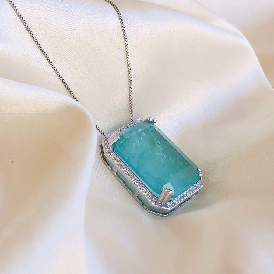 Colar Turmalina Retangular Cravejado em Cristal Banhado em Ródio Branco