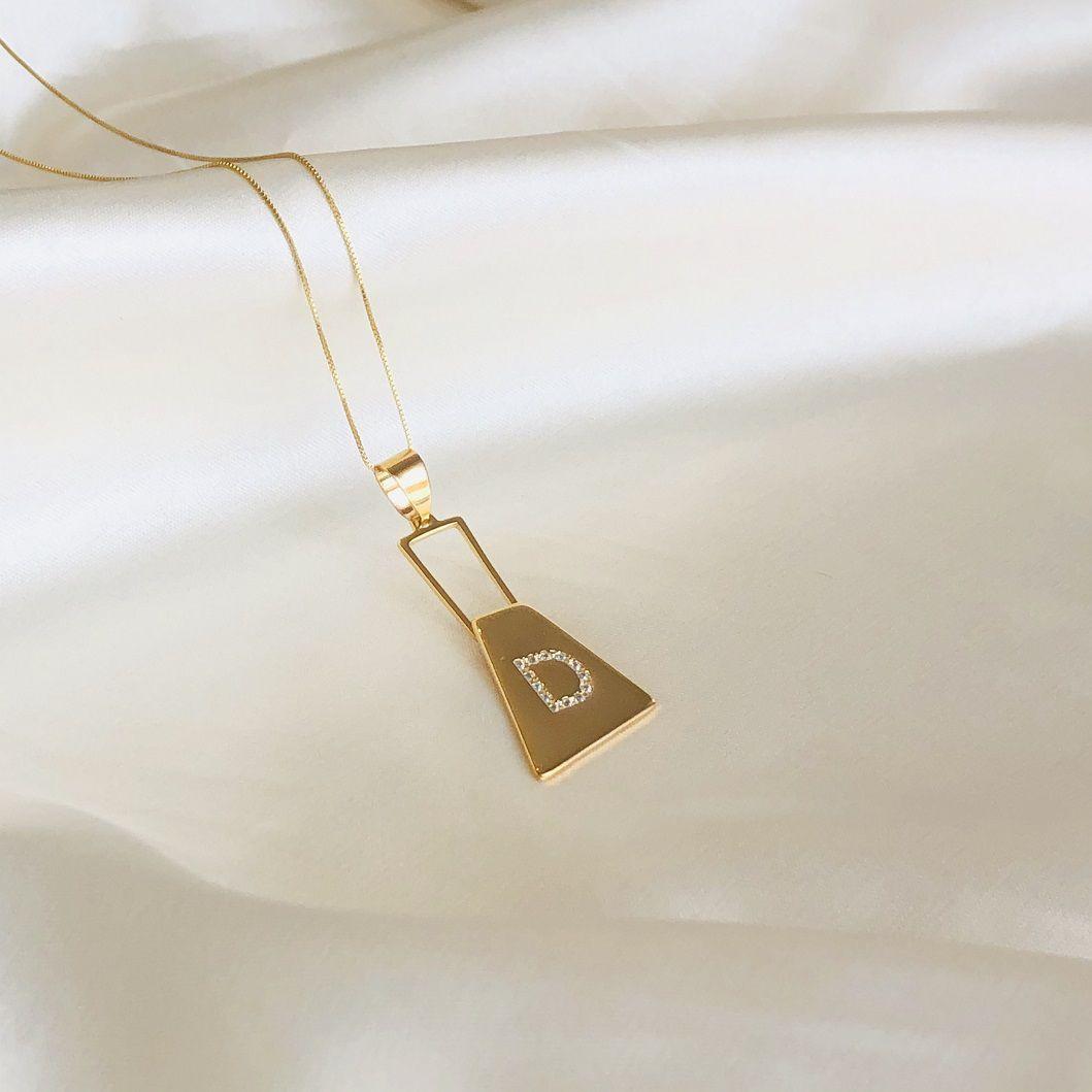Colar Zíper com Letra Cravejada Banhado em Ouro 18k