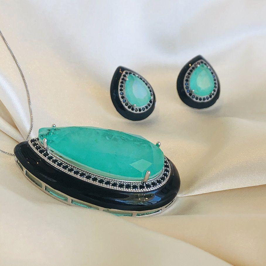 Conjunto Gota Turmalina Cravejada com Resina Preta Banhada em Ródio Branco