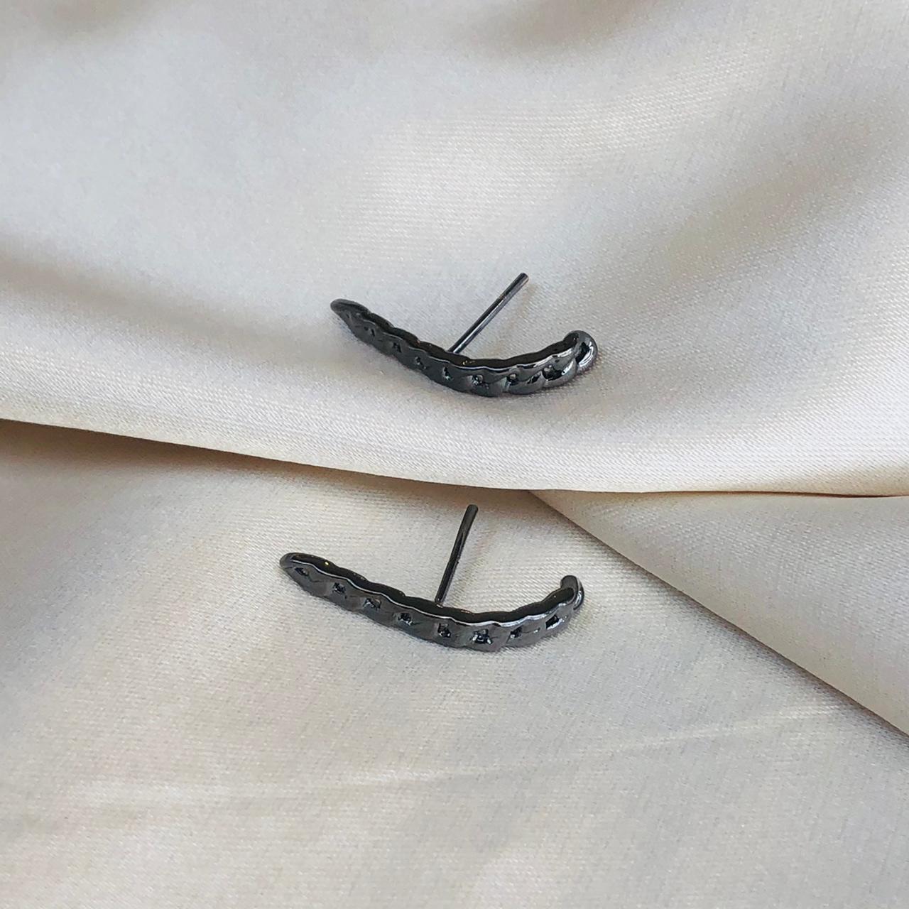 Earhook Corrente Grumet Banhado em Ródio Negro
