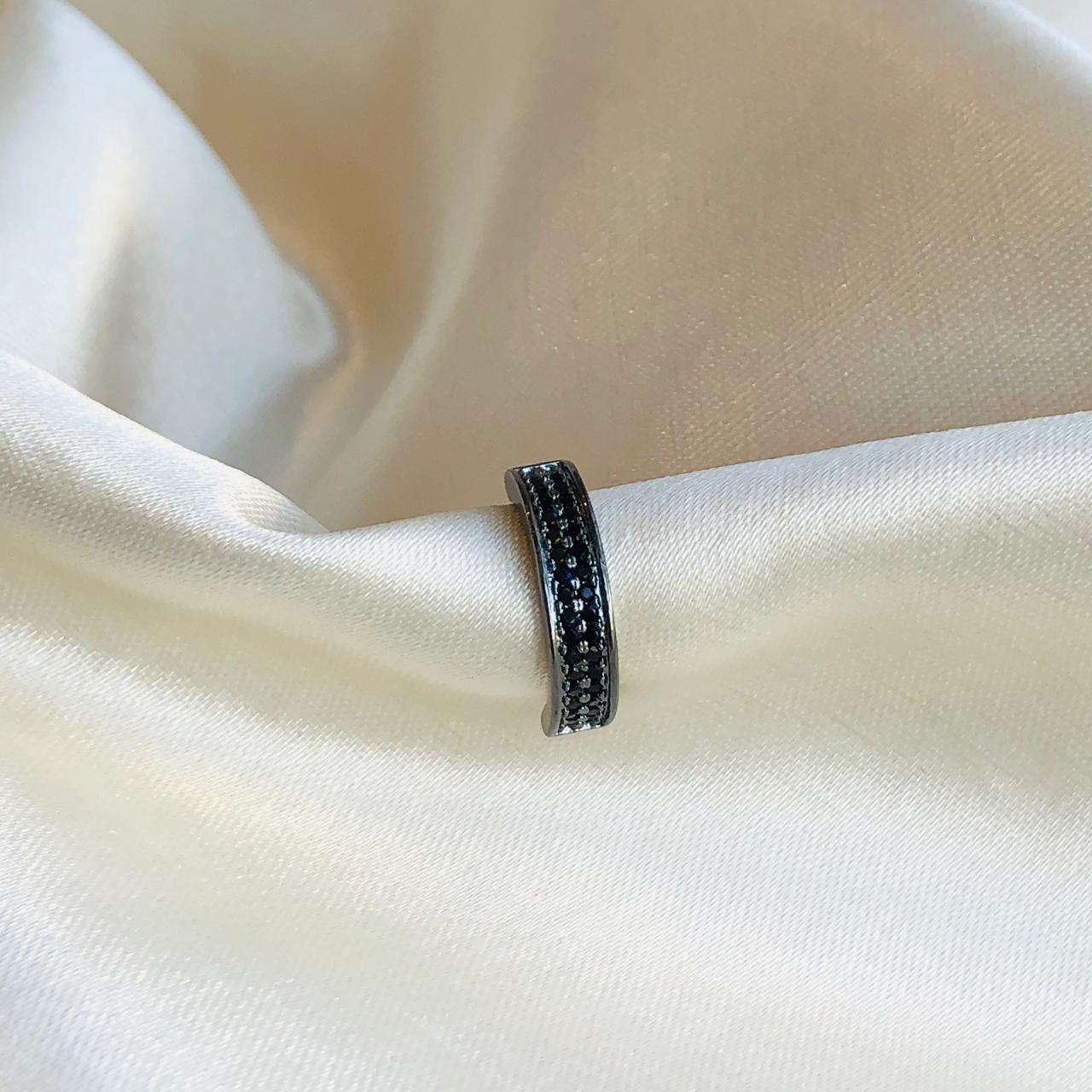 Piercing de Pressão Duplo Micro Zircônias Ônix Banhado em Ródio Negro
