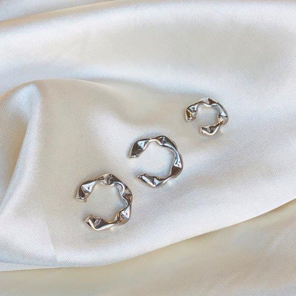 Piercing de Pressão Geométrico Juliette (G) Banhado em Ródio Branco