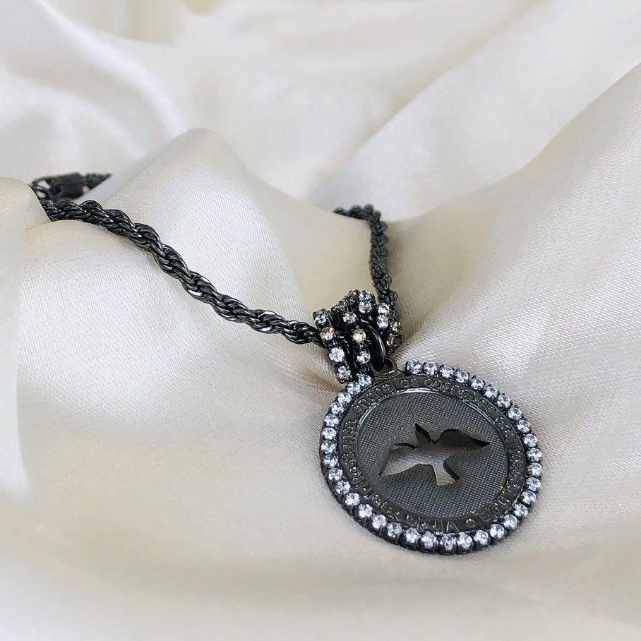 Pulseira com Medalha de Espírito Santo Cravejada Banhada em Ródio Negro