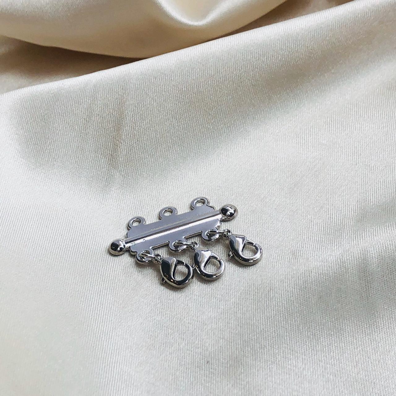 Separador de Colares Banhado em Ródio Branco