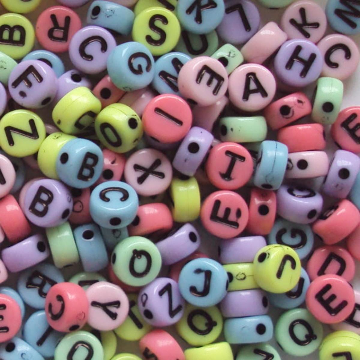 Alfabeto redondo colorido leitoso - 25g