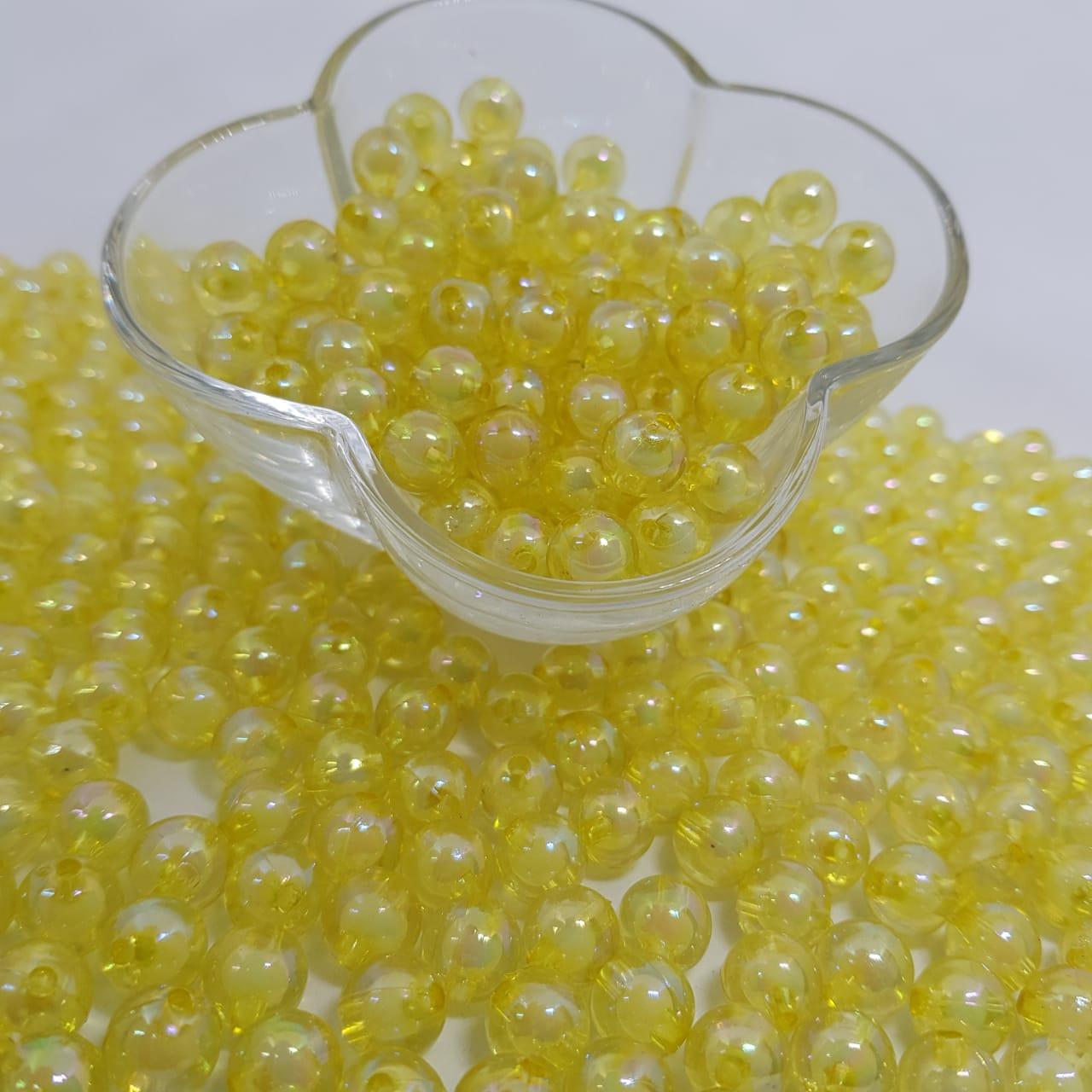 Bolinha de acrilico amarelo  lisa  10MM 25g