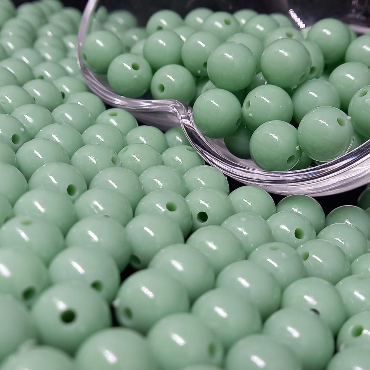 Bolinha de plástico verde claro  - 25g 10mm