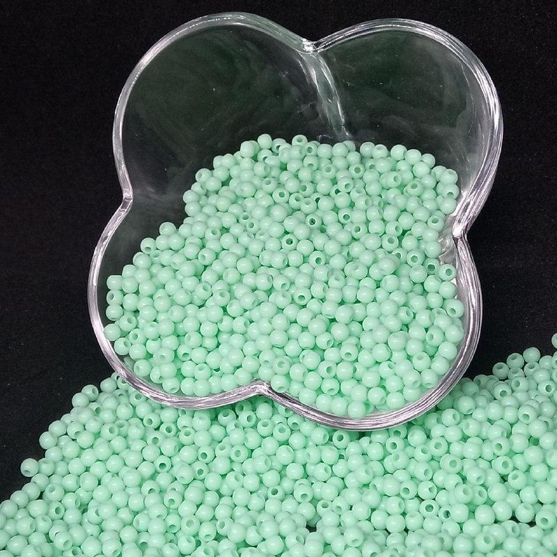 Bolinha de plástico verde claro  - 25g 4mm