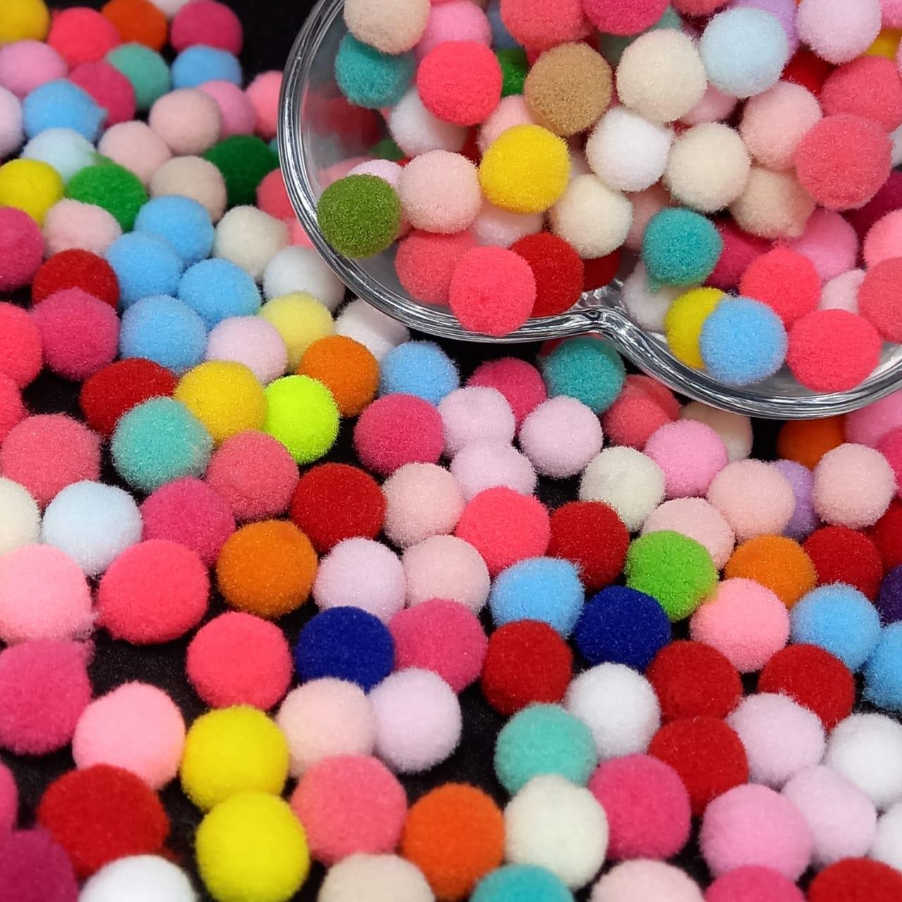 Bolinha de Pompom multicolor 8mm 100 Unidades