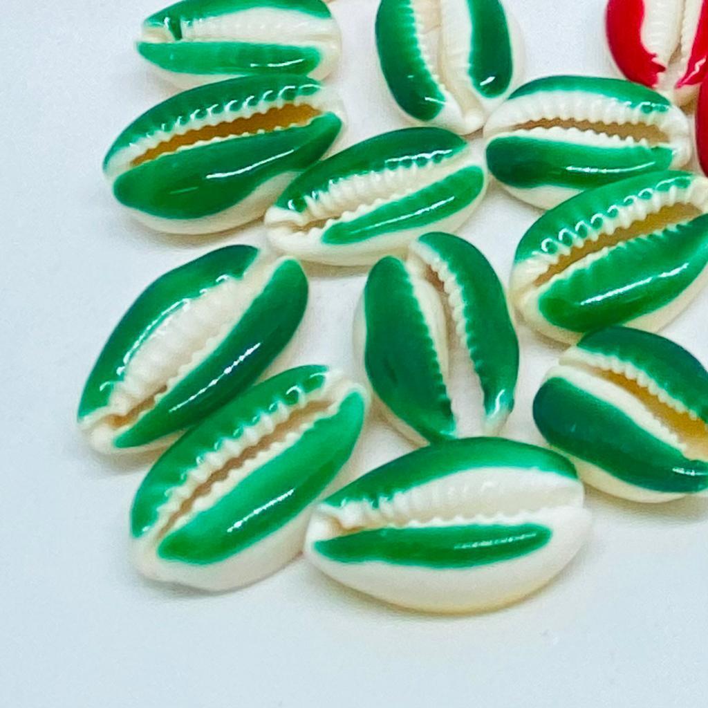 Búzios de resina verde 10 unidades  - Palácio Dos Cristais