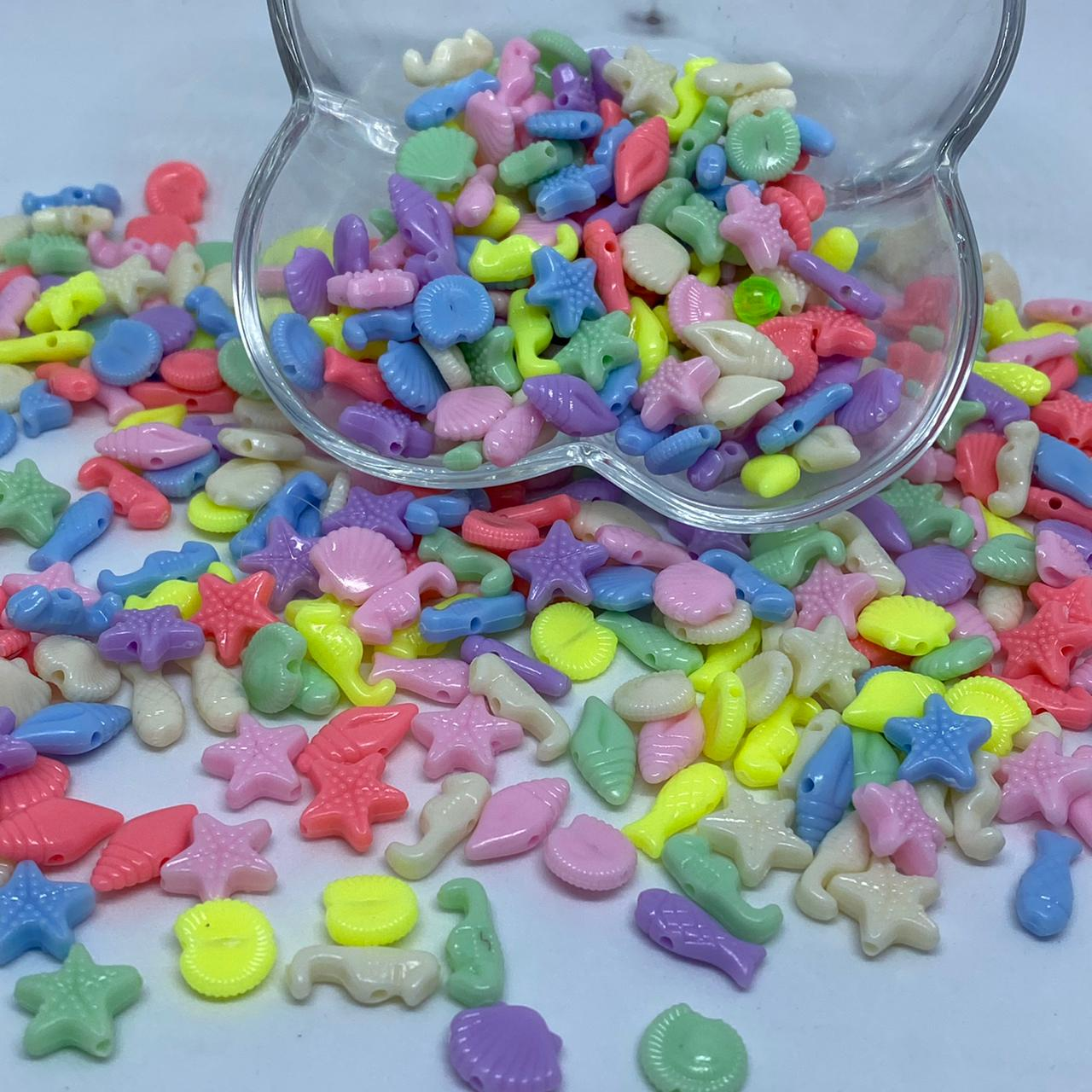Conta infantil do mar multicolor leitosa 25 gramas