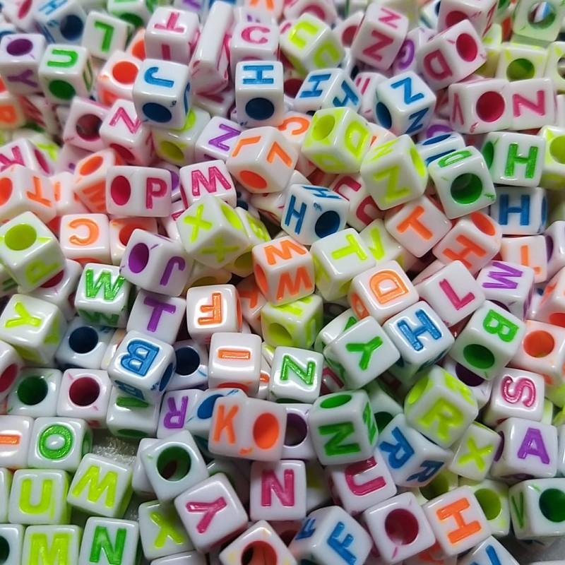 Cubo branco c/ Letras colorida 7mm - 25g