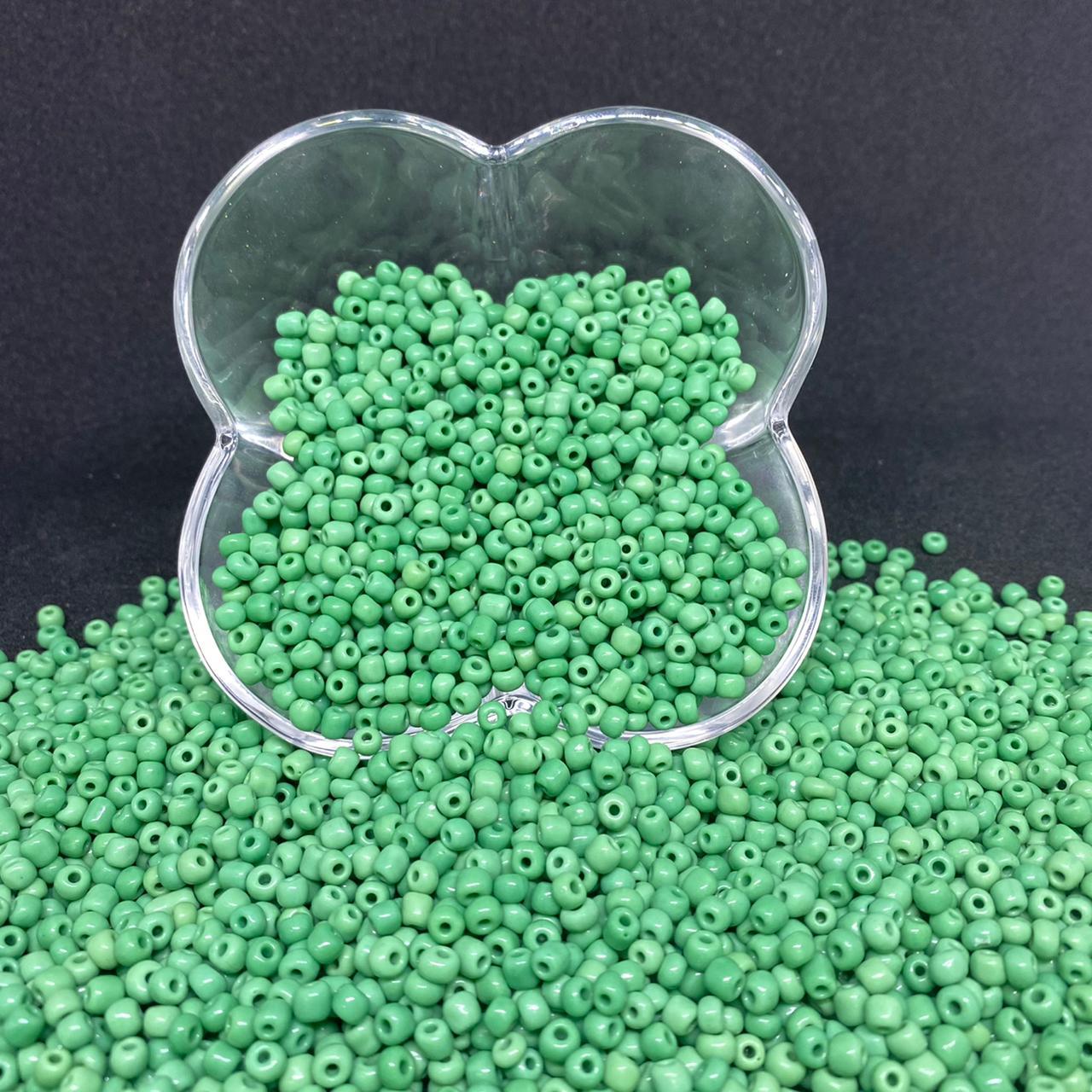 Miçangão verde bandeira  4.1mm (6/0) 25g 5149