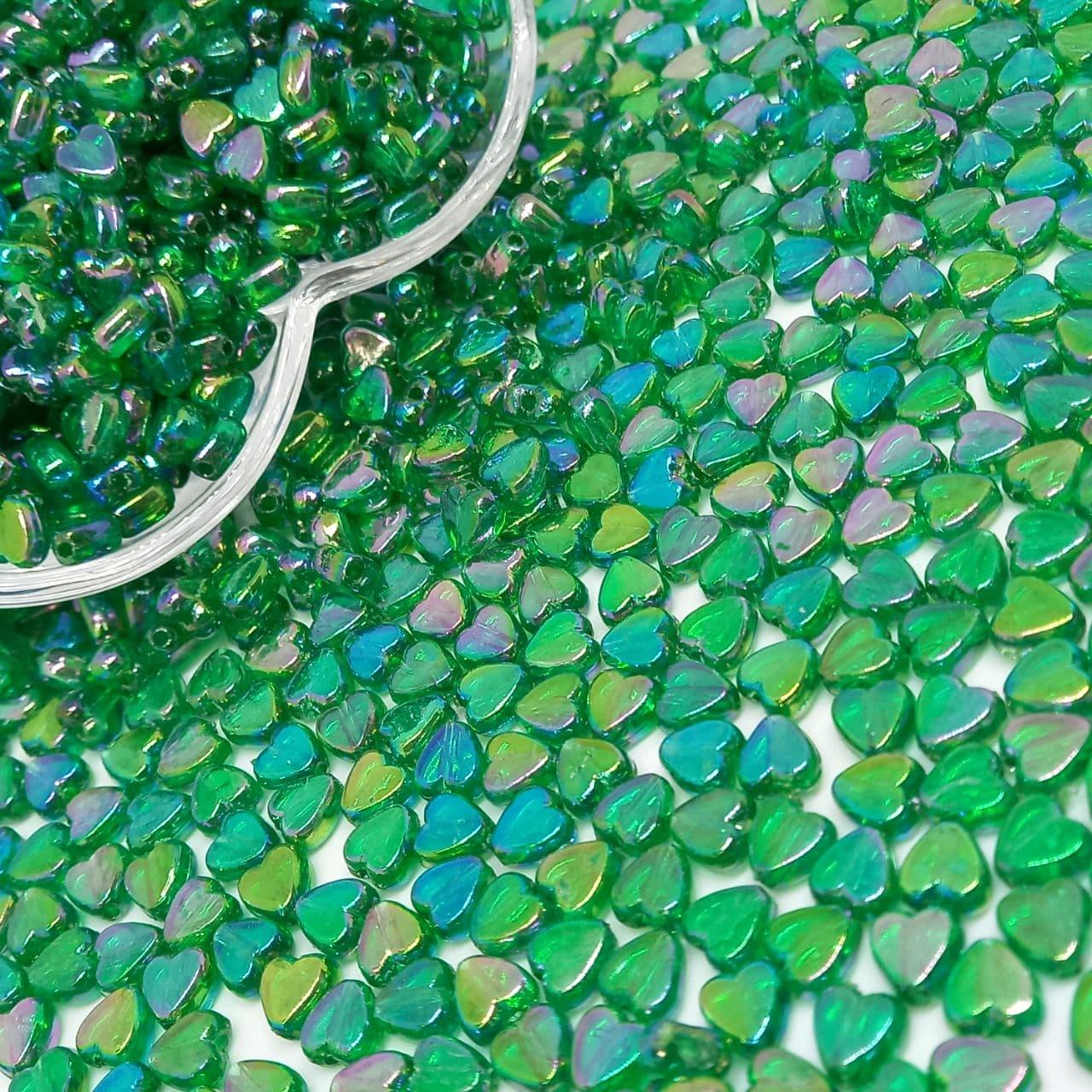 Mini coração verde escuro transparente irisado 25g - 6mm