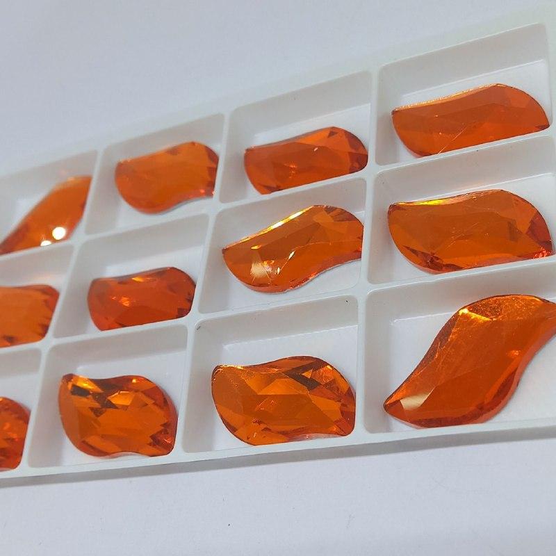 Pedra de vidro navete s  Myacinth 15x30/ unidade