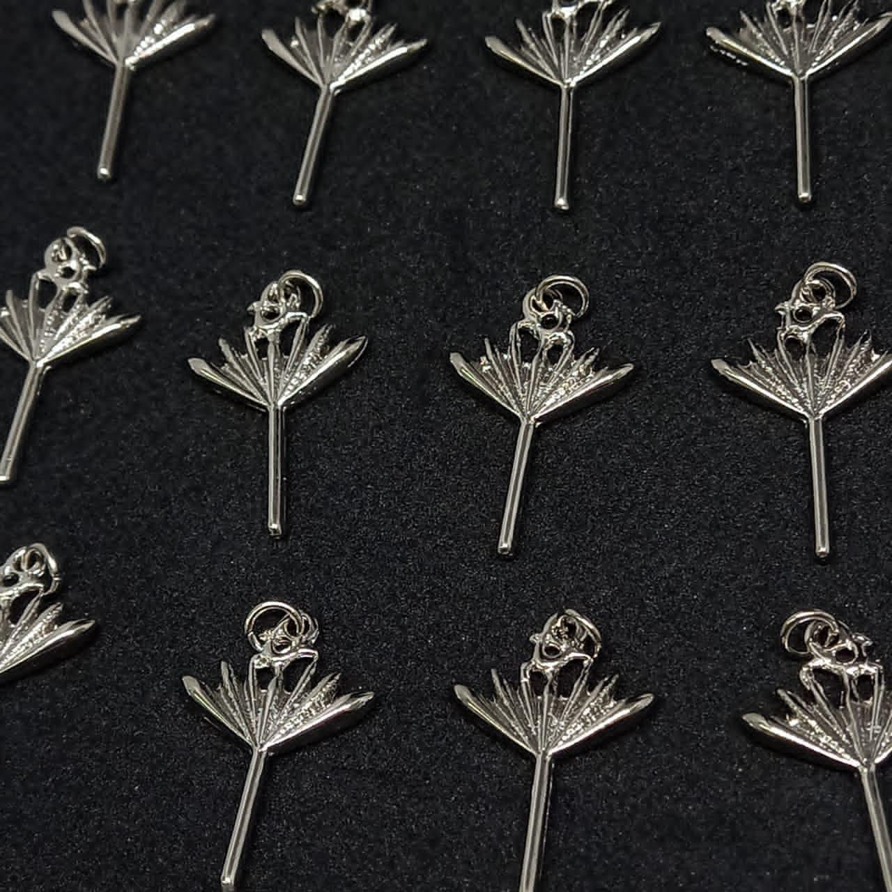 Pingente Assain prata  26x17mm / unidade