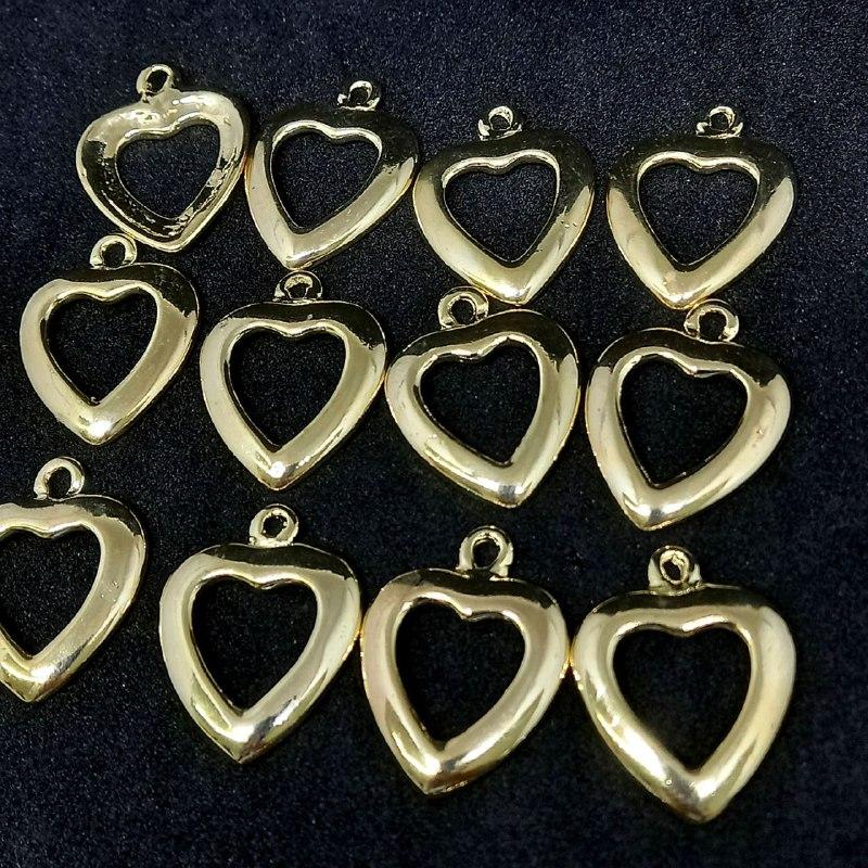 Pingente coração dourado P 27x20 /unidade