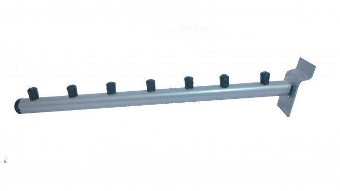 Pendurador Comac modelo inclinado para painel canaletado