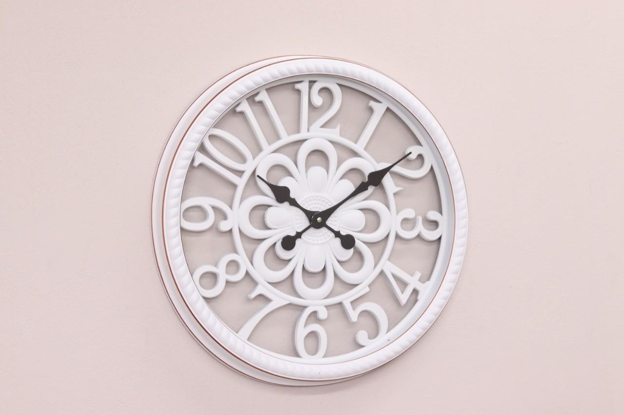 Relógio Parede Pintura Branco Contemporâneo Moderno – Metal e vidro