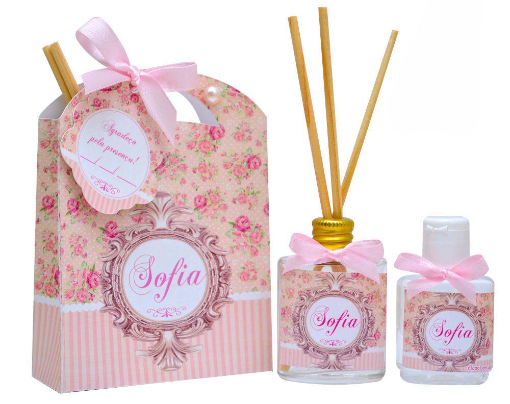 Lembrancinhas personalizadas caixinha com difusor e ambiente e álcool em gel tema floral  - Valentina Milan Lembrancinhas