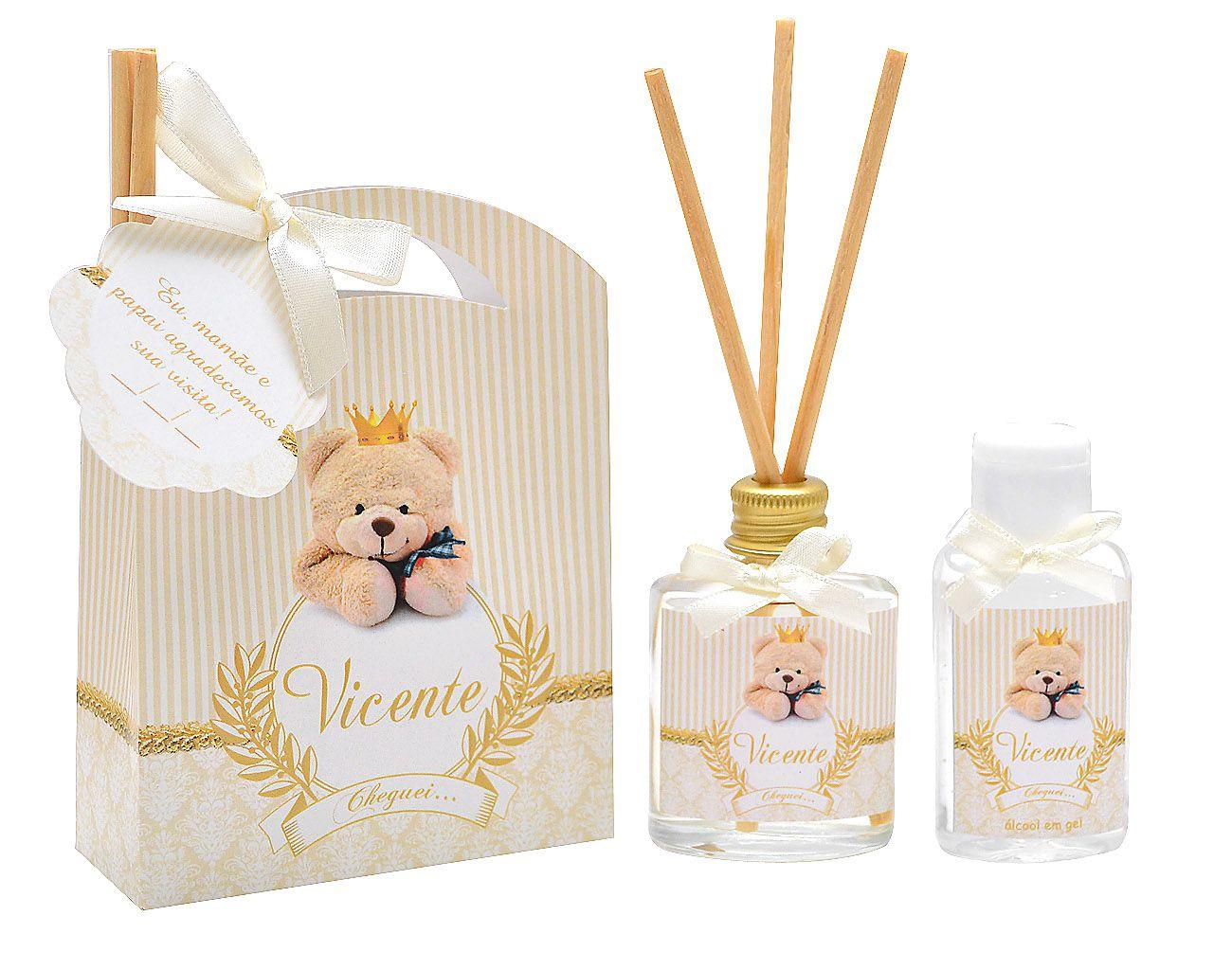 10 Lembrancinhas personalizadas caixinha com difusor e ambiente e álcool em gel tema ursinho rei  - Valentina Milan Lembrancinhas