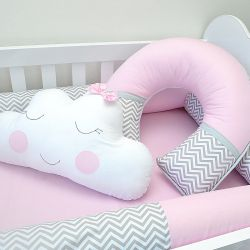 Almofada para amamentação do bebê tema chuva de amor e nuvens