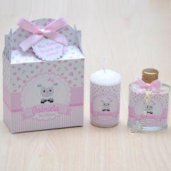 Lembrancinha caixinha com vela e água benta com mini terço tema ovelhinha floral