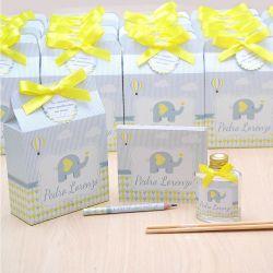 Lembrancinha  caixinha difusor de ambiente e bloquinho de anotações luxo tema elefante amarelo e cinza