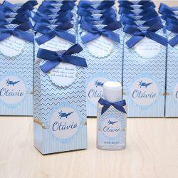 Lembrancinha de maternidade caixinha com álcool gel aviãozinho