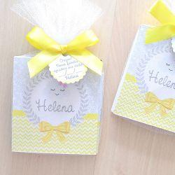 Lembrancinha caderneta de anotações com lápis tema amarelo e cinza chuva de amor nuvem