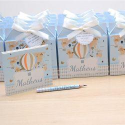 Lembrancinhas maternidade caixinha com bloquinho de anotações tema balões