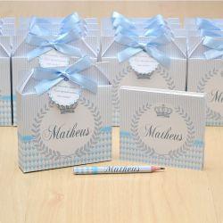 Lembrancinhas maternidade caixinha com bloquinho de anotações tema coroa azul e cinza