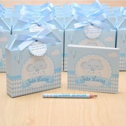 Lembrancinhas maternidade caixinha com bloquinho de anotações tema nuvem e chuva de amor