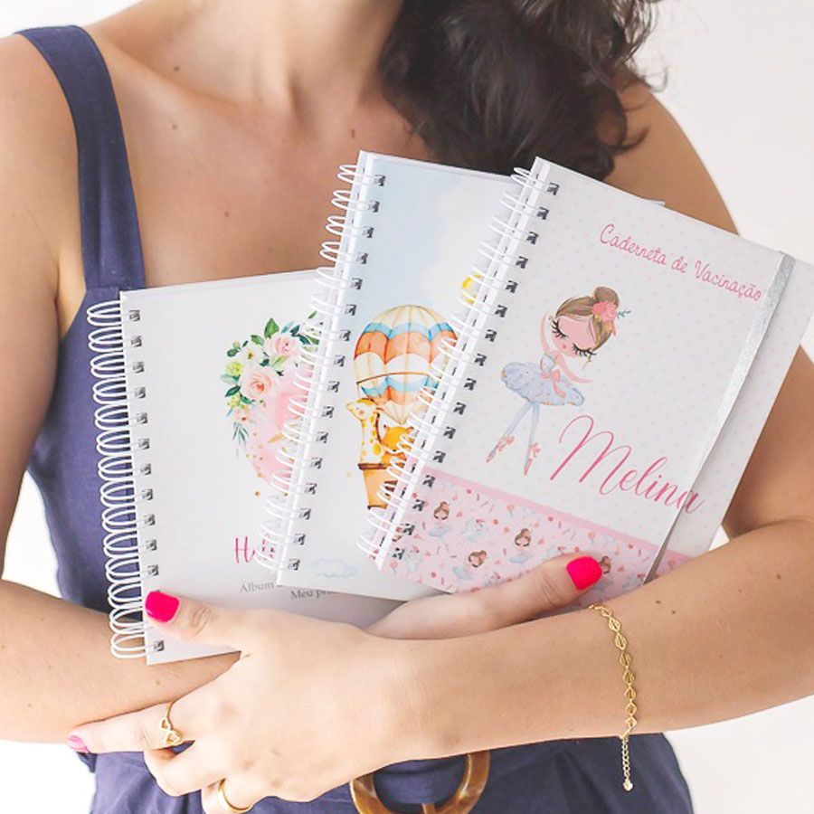 Caderneta de Vacinação personalizada floral   - Valentina Milan Papelaria