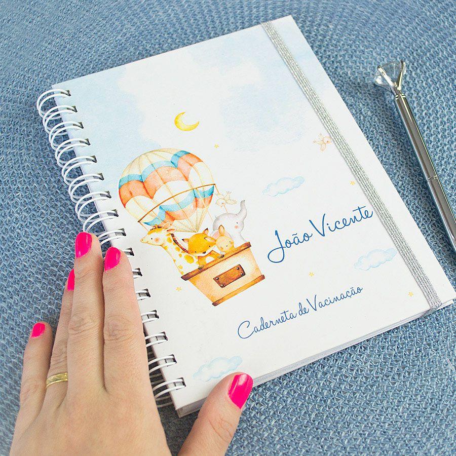 Caderneta de Vacinação personalizada balões e bichinhos do safari  - Valentina Milan Papelaria