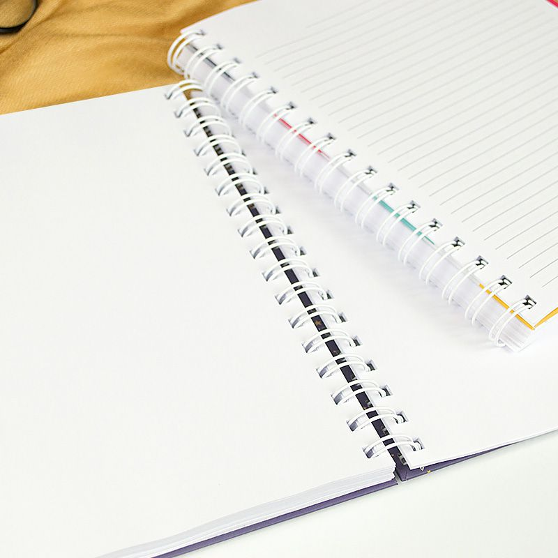 Caderno personalizado Minimalista  - Valentina Milan Papelaria