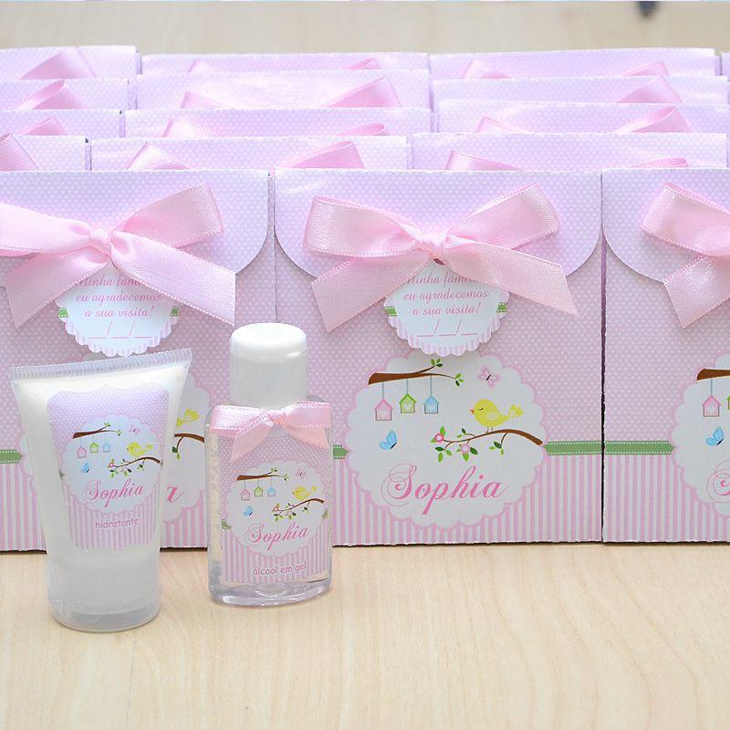 Lembrancinha de nascimento kit com hidratante e álcool em gel tema floral e jardim rosa  - Valentina Milan Lembrancinhas