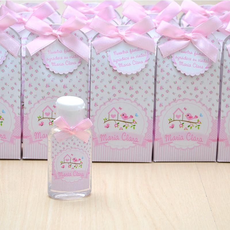 Lembrancinha de maternidade caixinha com álcool gel jardim e passarinhos  - Valentina Milan Lembrancinhas