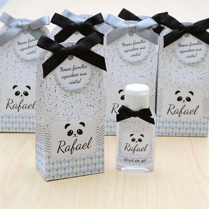 Lembrancinha de maternidade caixinha com álcool gel tema panda  - Valentina Milan Lembrancinhas