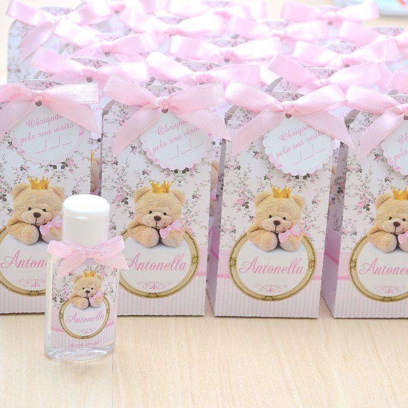 Lembrancinha de maternidade caixinha com álcool gel ursinha princesa  - Valentina Milan Lembrancinhas