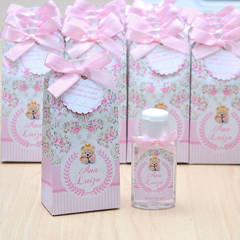 Lembrancinha de maternidade caixinha com álcool gel ursinha princesa floral  - Valentina Milan Lembrancinhas