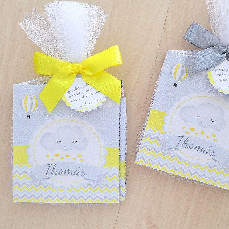 Lembrancinha de nascimento bloquinho de anotações com lápis tema nuvem amarelo e cinza  - Valentina Milan Lembrancinhas