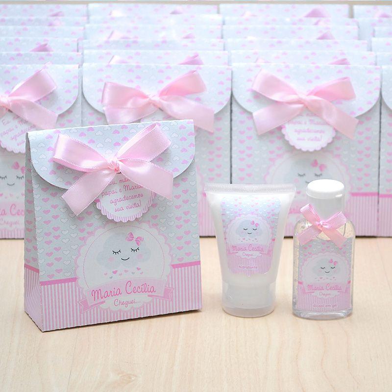 Lembrancinha de nascimento kit com hidratante e álcool em gel tema chuva de amor e nuvem  - Valentina Milan Lembrancinhas