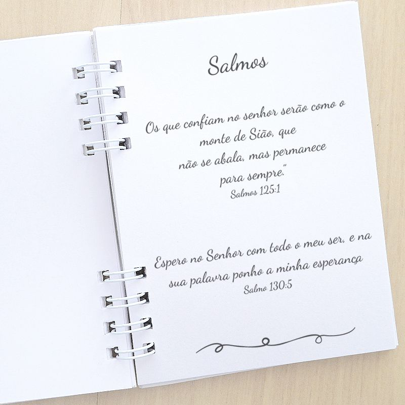 Lembrancinha livrinho de orações e salmos com mini terço tema nossa senhora   - Valentina Milan Lembrancinhas